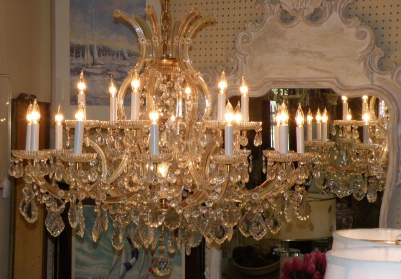 19 light, Italian Crystal Chandelier