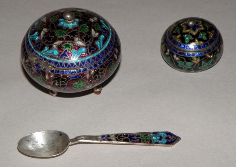 Enameled Lidded Salts