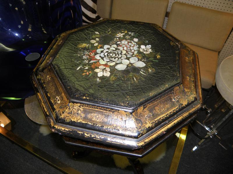 English Chinoiserie 19th C Papier Mache Serving Stand with inlaid Mother-of-Pear