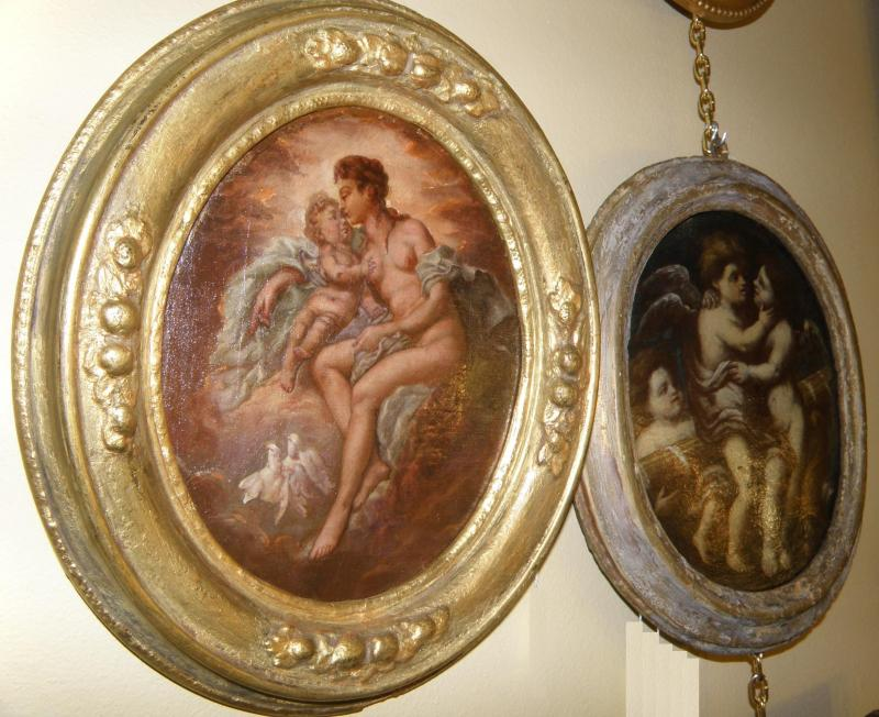 Oval small painting of Madonna and Child, Old Master 18th C Angels in Oval Frame