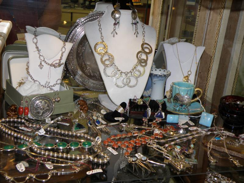 Sterling Silver Jewelry  Display