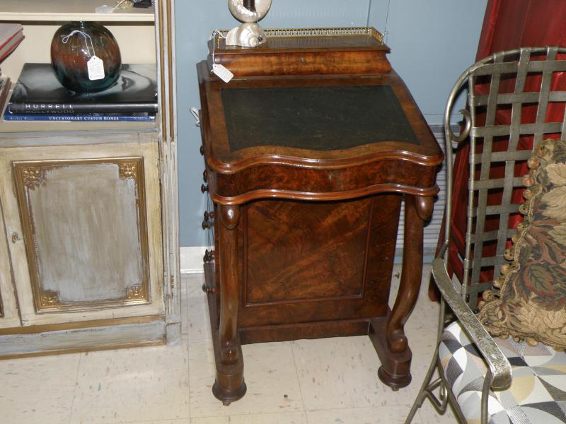 Victorian Burled Walnut Captain Davenport Desk