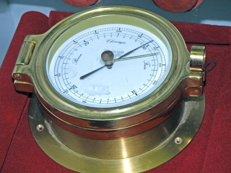 W. Plath German Barometer